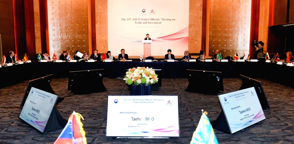South Korea's Vice Trade Minister Woo Tae-hee speaks during the 13th ASEM Senior Officials' Meeting on Trade and Investment at a hotel in Seoul on April 28, 2017. ASEM is the acronym for the ... - Woo Tae