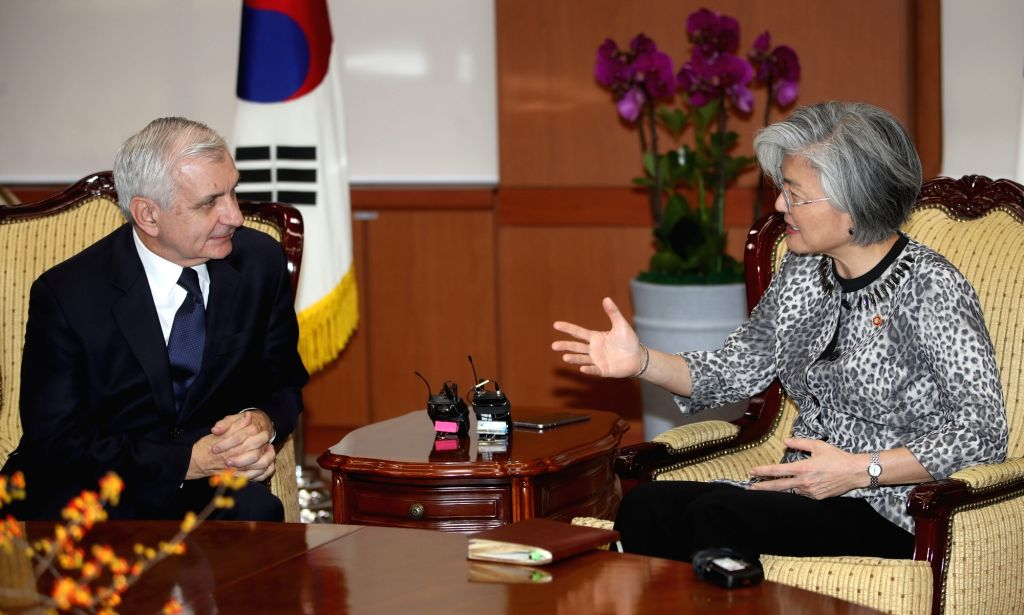 South Korean Foreign Minister Kang Kyung-wha meets with visiting U.S. Sen. Jack Reed at her office in Seoul on Oct. 11, 2017, to discuss the bilateral alliance and security concerns posed by ... - Kang Kyung