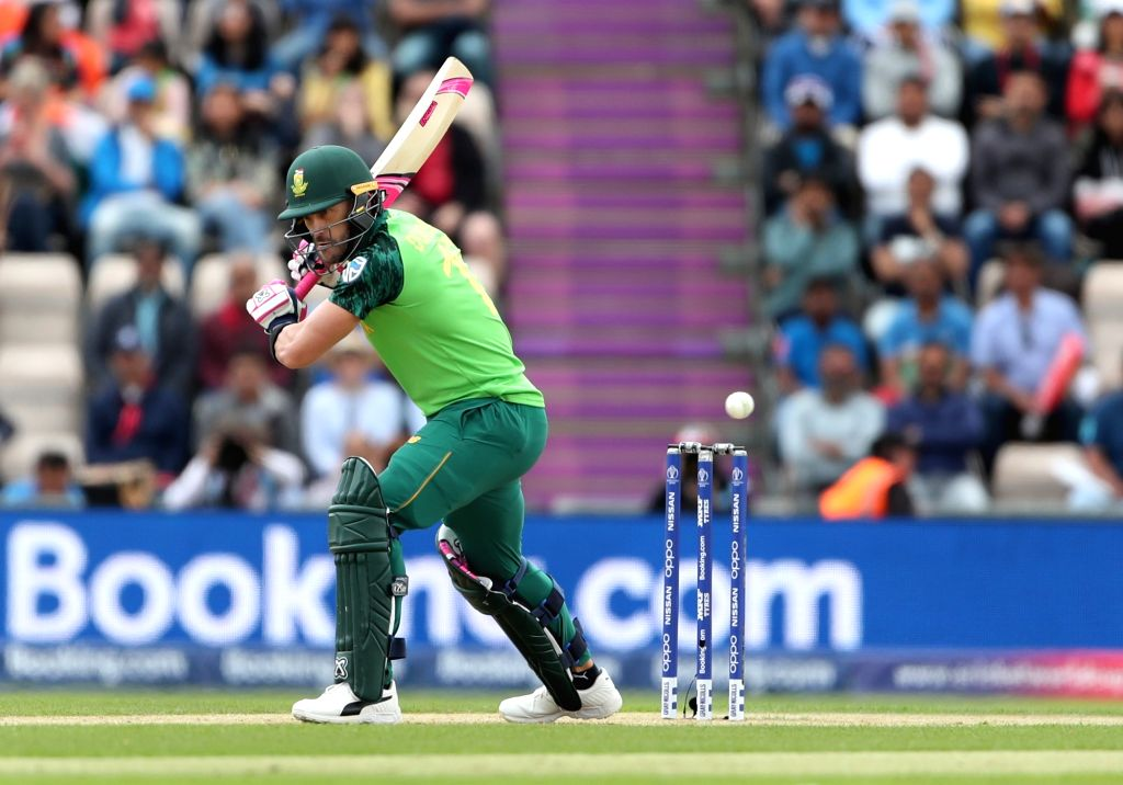 Southampton: South Africa's Faf du Plessis in action during the 8th match of 2019 World Cup between India and South Africa at The Rose Bowl in Southampton, England on June 5, 2019. (Photo: Surjeet Yadav/IANS) - Surjeet Yadav