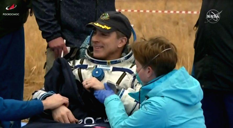 Soyuz spacecraft brings 3 ISS crew members to Earth.