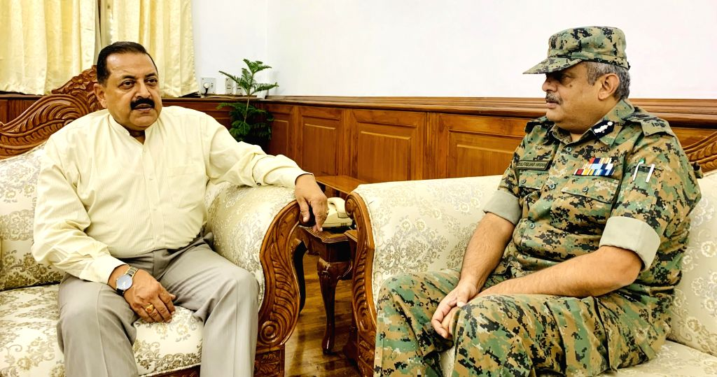 Special DG, North Zone, Central Reserved Police Force (CRPF), Zulfiqar Hasan calls on Union MoS (I/C) Development of North Eastern Region (DoNER), PMO, Personnel, Public Grievances and ... - Jitendra Singh