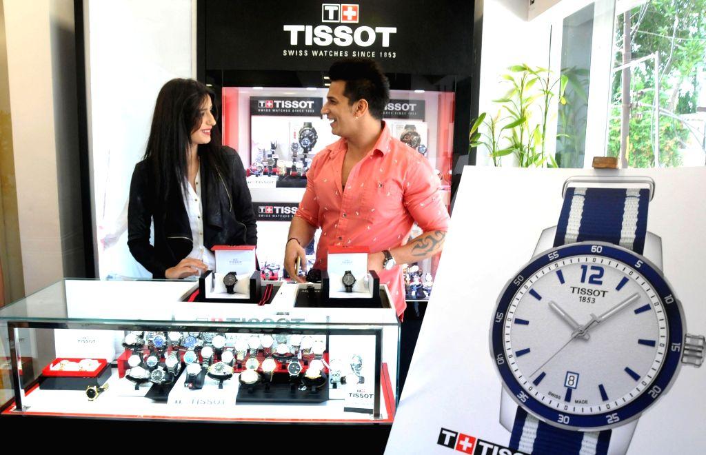 Splitsvilla winnner Anuki Tchokhonelidze and Bigg Boss 9 winner Prince Narula during the launch of product in Amritsar on May 26, 2016.