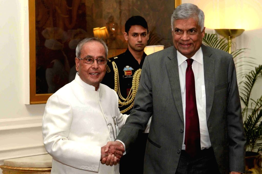 Sri Lankan Prime Minister Ranil Wickremesinghe calls on President Pranab Mukherjee at Rashtrapati Bhawan in New Delhi on Oct 5, 2016. - Ranil Wickremesingh and Pranab Mukherjee