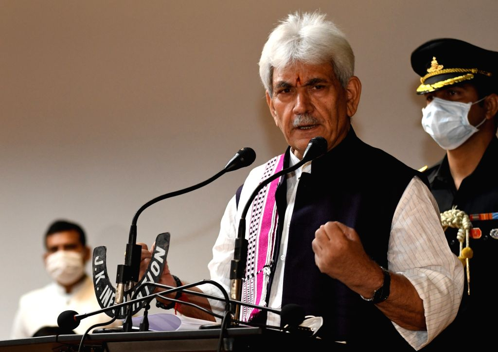 Srinagar: Jammu and Kashmir Lieutenant Governor Manoj Sinha addresses a press conference at Raj Bhavan in Srinagar on Sep 19, 2020. Sinha on Saturday approved a record Rs 1,350 crore package to spur growth in businesses and jobs in Jammu and Kashmir  - Manoj Sinha