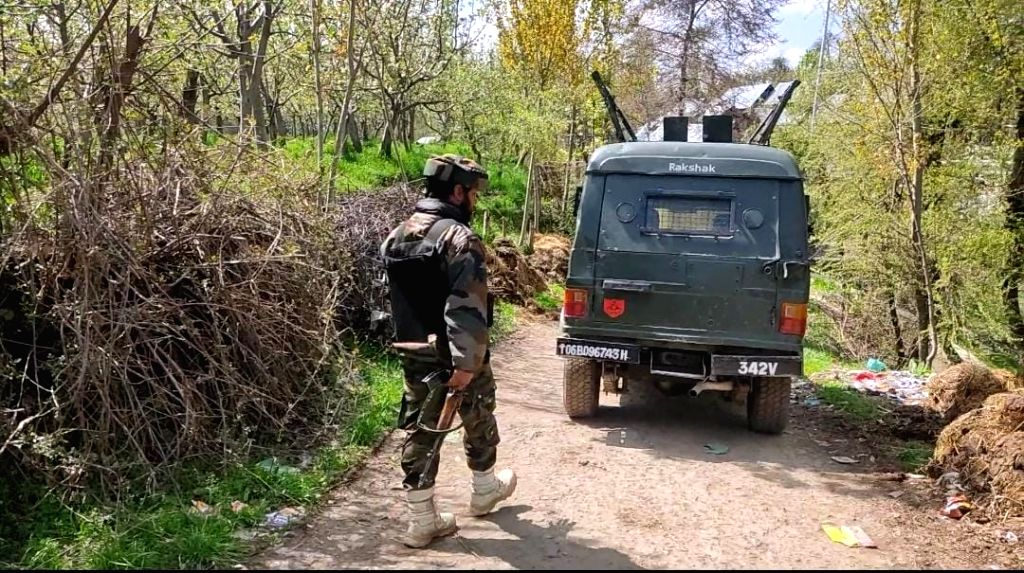 Srinagar: One terrorist has been killed in an ongoing encounter between terrorists and security forces in the Zeipora area of South Kashmir's Shopian district on Monday, 19th 2021.(Photo: Nissar Malik/IANS) - Malik