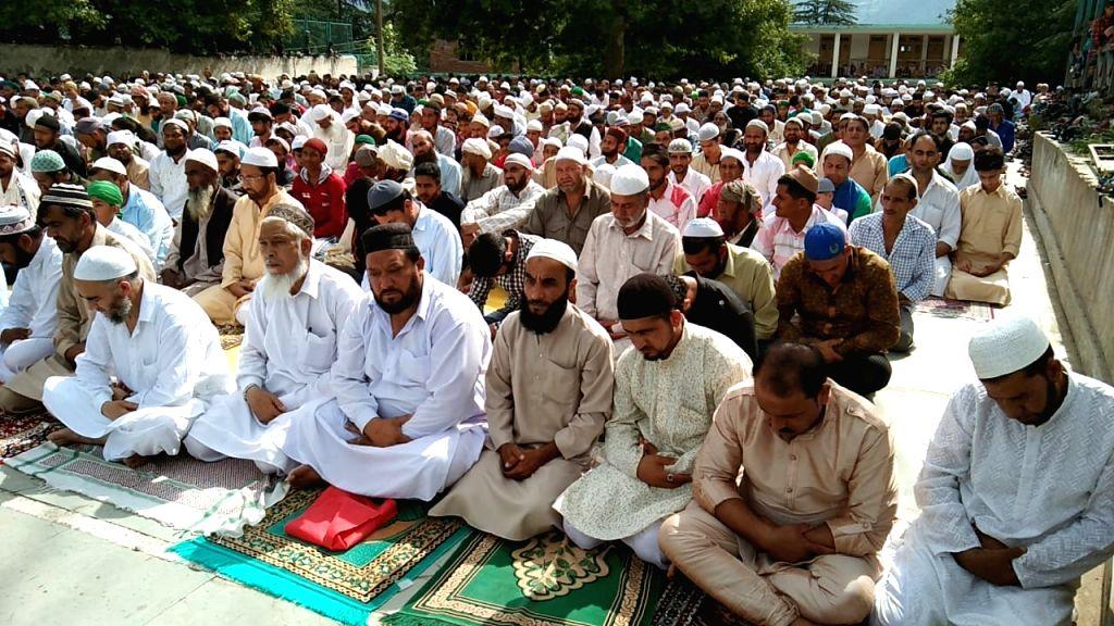 Srinagar: People offer namaz on Eid-ul-Adha in Srinagar on Aug 12, 2019. (Photo: IANS)