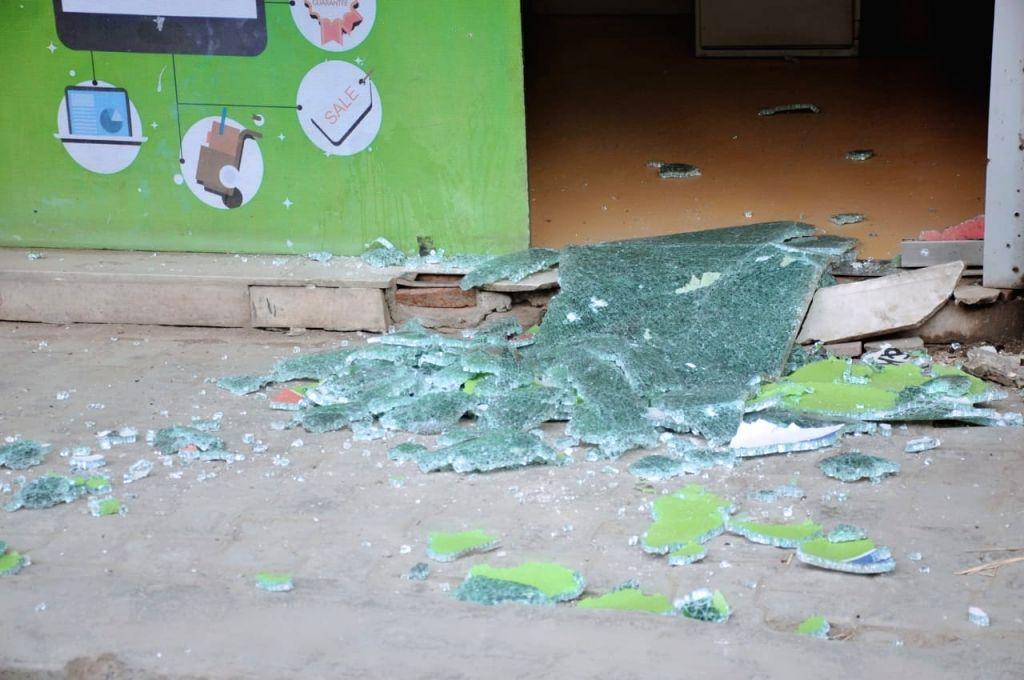 Srinagar :  Suspected militants hurled a grenade on security forces in Nawa Bazaar area of Central Kashmir's Srinagar district here on Friday. (Photo: Nissar malik/IANS)