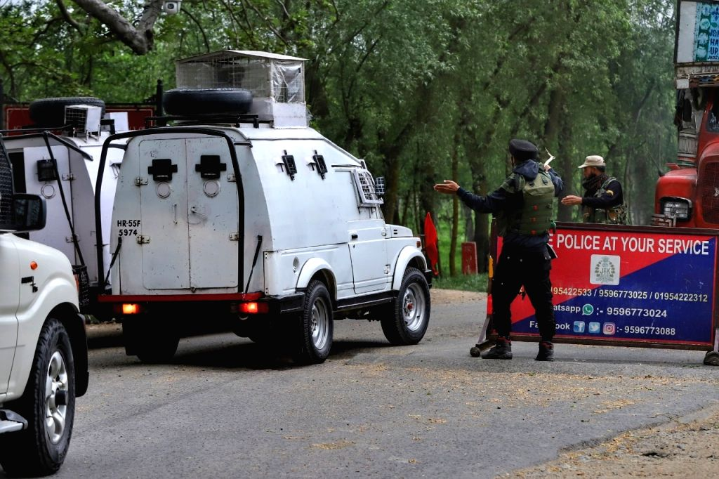 Srinagar :  Two terrorists were killed in an encounter between militants and security forces in the Nathipora area of Sopore in North Kashmir's Baramulla district on Tuesday evening, officials said.