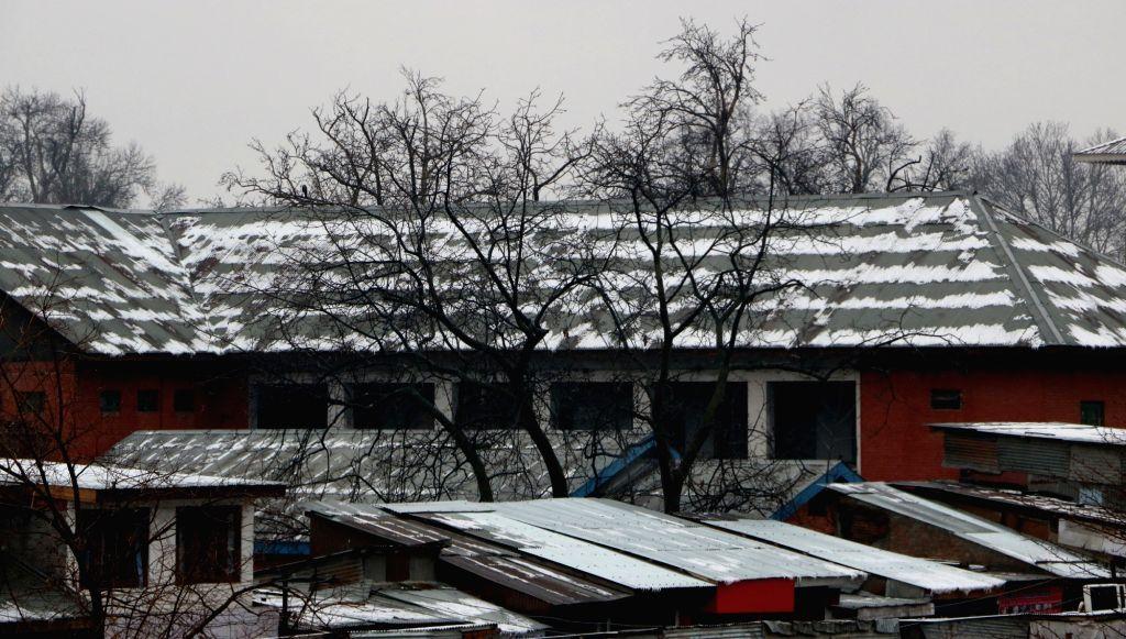 Srinagar witnesses fresh snowfall on March 10, 2017.