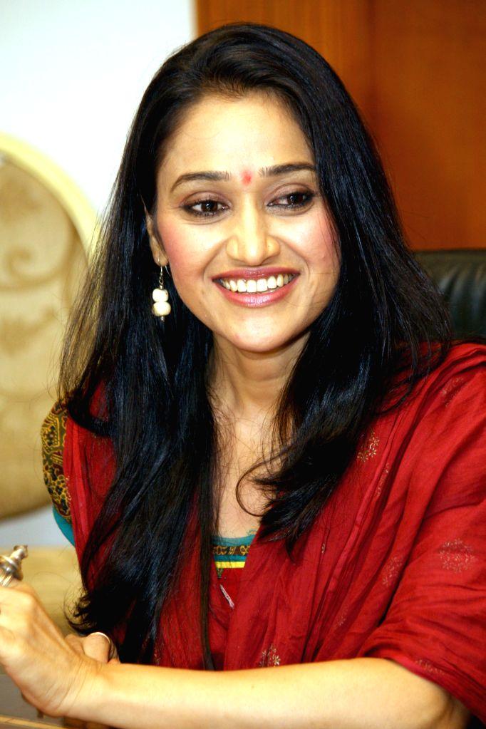 Star cast of  TV serial `Tarak Mehta Ka Oolta chasma`, Disha Vakani at a press meet in New Delhi on June 2014.