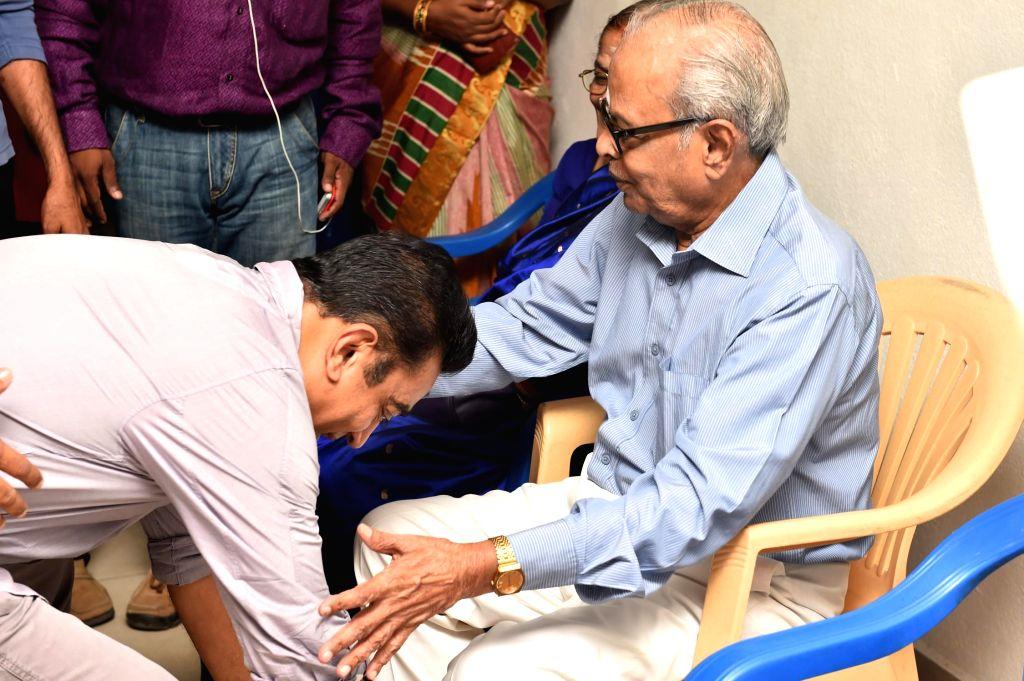 Stills from the Birthday celebrations of filmmaker K. Balachander.