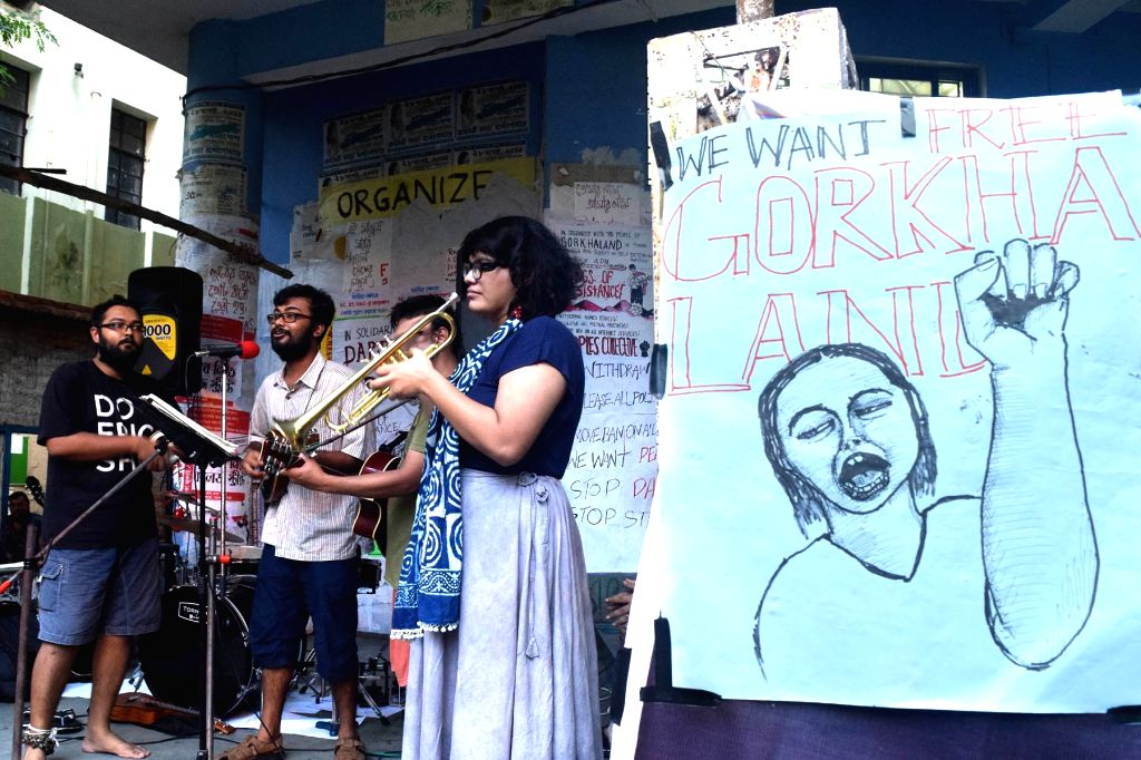 """Students of Jadavpur University during a programme organised to press for """"Free Gorkhaland"""" at university campus in Kolkata on July 6, 2017."""