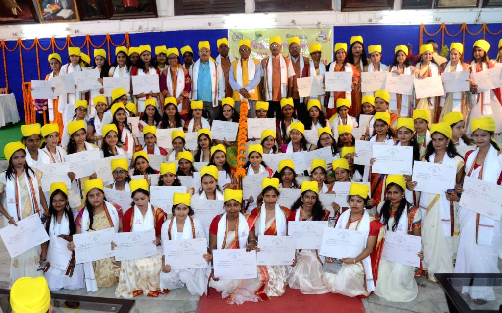 Students of Women's Training College at their convocation ceremony in Patna on Sep 6, 2019.
