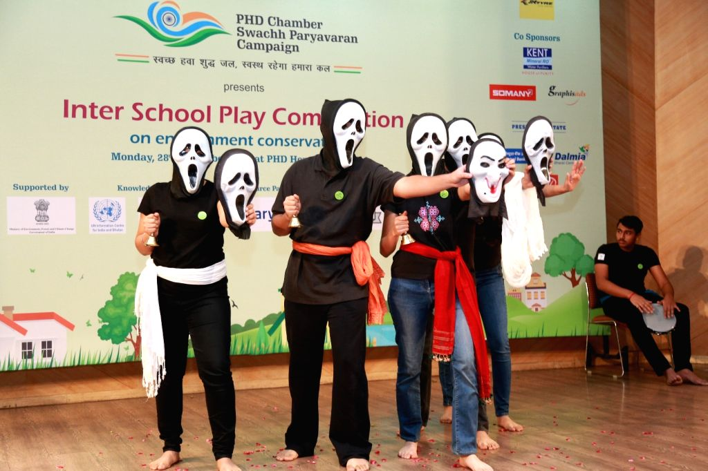 Students participate in an inter-school play competition organised by PHD Chamber of Commerce and Industry to kick-start the Swachh Paryavaran campaign in New Delhi on Nov 28, 2016.