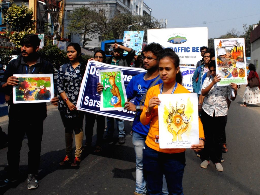 Students participate in wildlife awareness rally in Kolkata on Feb 9, 2020.