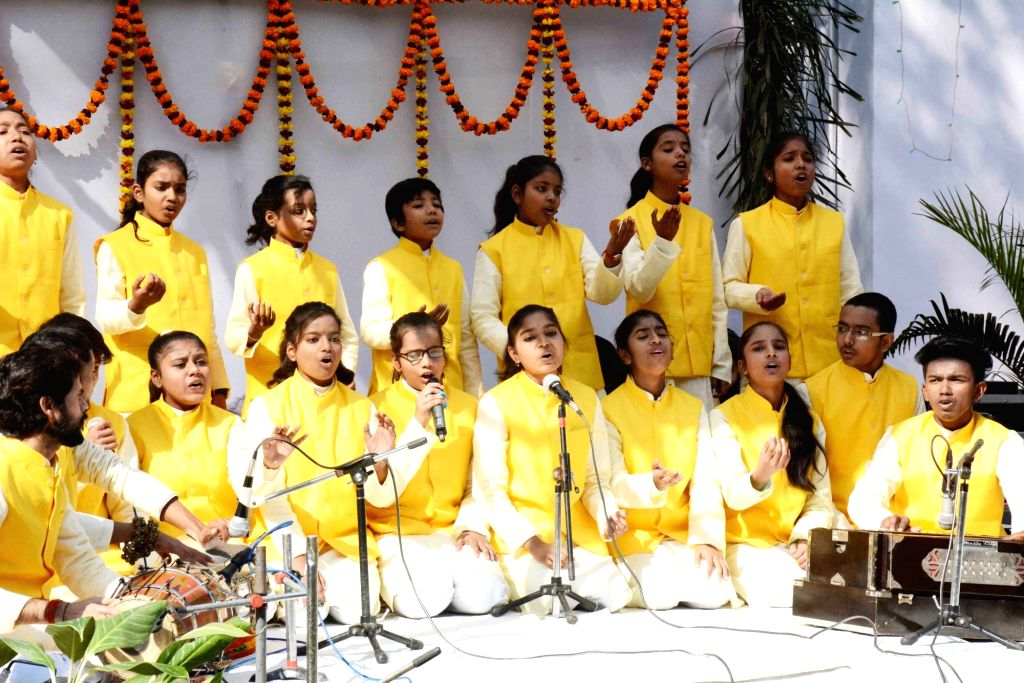Students perform during the birth anniversary celebrations of Former Bihar Chief Minister Late Karpoori Thakur, in Patna on Jan 24, 2020. - Late Karpoori Thakur