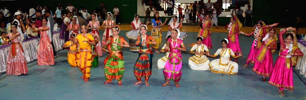 Students perform on the 31st Abhiruchi Sports Day celebrations organised on the birthday of Bhogeswar Barua in Guwahati on Sept 3, 2014.