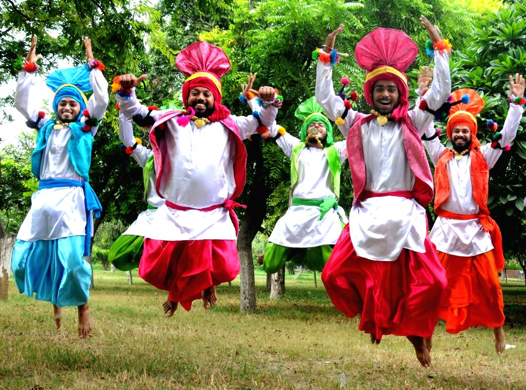 "Students practice ""Bhangra"" - a folk dance of Punjab in Amritsar on Sept 19, 2016."