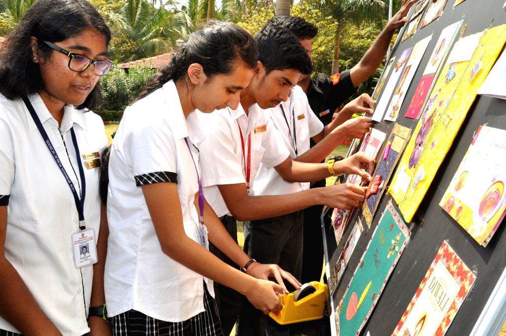 Students send 40 thousand Diwali greeting cards for soldiers in Bengaluru on Oct 26, 2016.