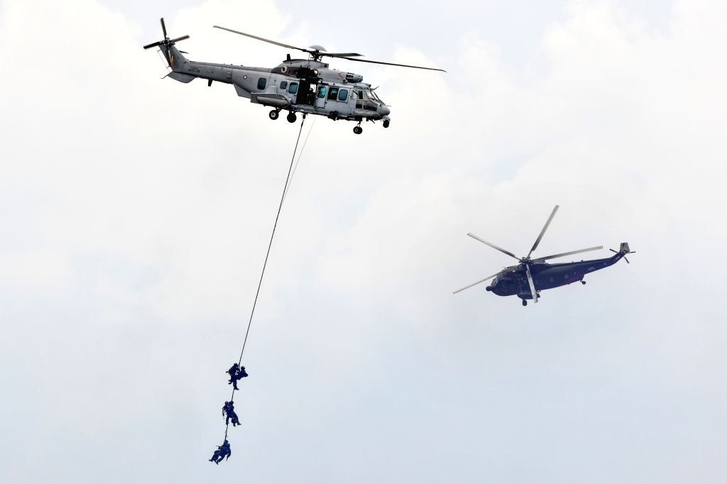 SUBANG (MALAYSIA), Oct. 12, 2017 Malaysian Special Forces demonstrate skills in combatting terrorism after a launch ceremony at the Malaysian Air Force Base in Subang, Malaysia, Oct. 12, ...