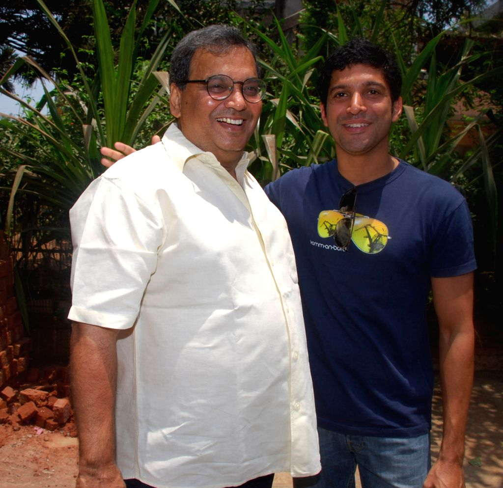 Subhash Ghai and Farhan Akhtar arrive to cast their vote in Mumbai.