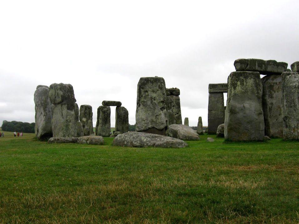 Sudhagee visited Stonehenge in Europe under gounesco challenge.