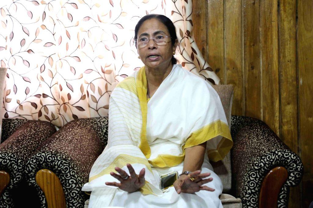 :Sukna: West Bengal Chief Minister Mamata Banerjee during a press conference at Sukna of Darjeeling District, West Bengal on Nov. 5, 2015. (Photo: IANS). - Mamata Banerjee
