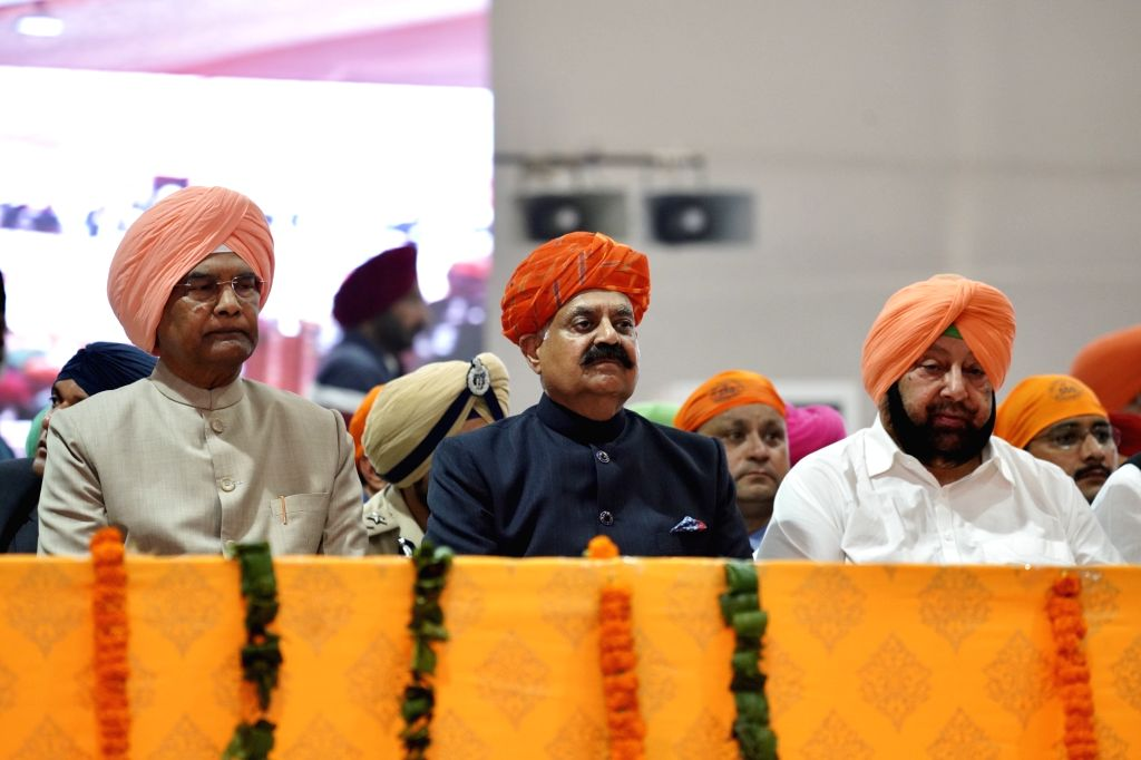 Sultanpur Lodhi: President Ram Nath Kovind, Punjab Governor V.P. Singh Badnore and Chief Minister Captain Amarinder Singh during the 55oth birth anniversary celebrations of Guru Nanak Dev in ... - Captain Amarinder Singh, Nath Kovind, P. Singh Badnore and Nanak Dev