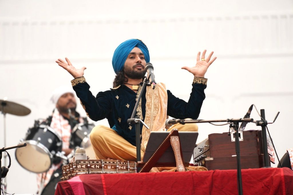 Sultanpur Lodhi: Sufi singer Satinder Sartaj pays a musical tribute to Guru Nanak Dev on his 550th birth anniversary during a programme organised by the Punjab Government in Punjab's Sultanpur Lodhi ... - Nanak Dev