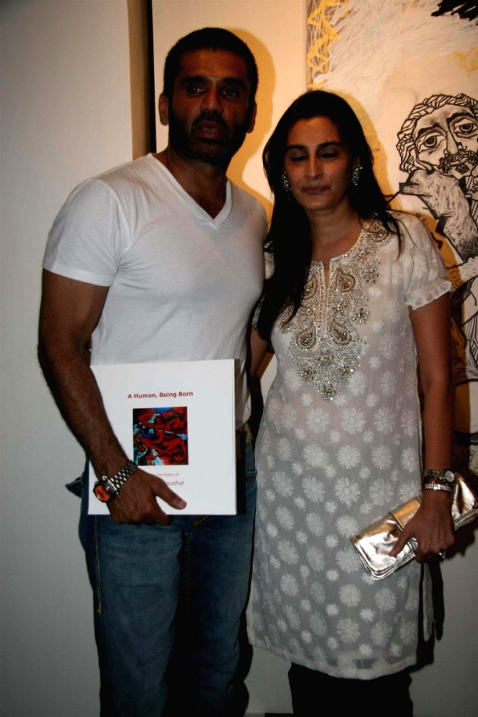 Sunil Shetty with his wife at Shobojit Kaushal's first and last art event organsied by CPAA. - Sunil Shetty