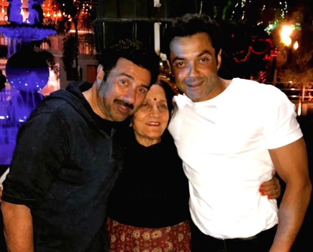 Sunny, Bobby Deol's Instagram wishes for mom Prakash Kaur on her b'day. - Prakash Kaur