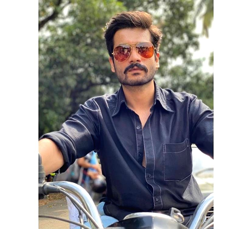 Sunny Kaushal's 'Hurdang' look inspired by Anil Kapoor of nineties - Kapoor