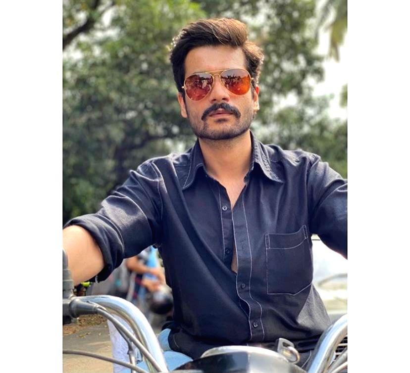 Sunny Kaushal's 'Hurdang' look inspired by Anil Kapoor of nineties - Kapoor