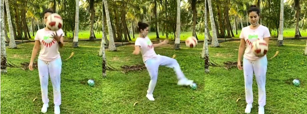 Sunny Leone shows her football skills.(photo:Instagram) - Sunny Leone