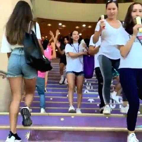 Superstar Shah Rukh Khan and his wife Gauri Khan's daughter Suhana Khan has been enrolled at the New York University. And  the proud mom Gauri could not resist herself from sharing such happy news on social media. - Shah Rukh Khan and Suhana Khan