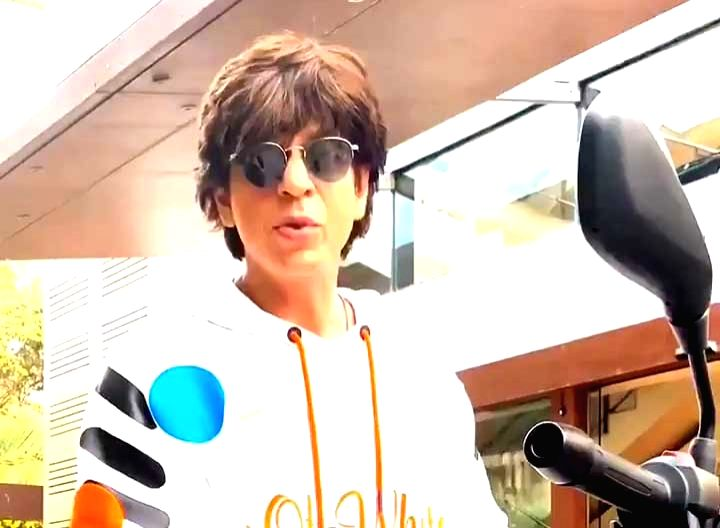 """Superstar Shah Rukh Khan, who completed 27 years of his Bollywood debut on Tuesday, expressed gratitude to his fans with a bike stunt -- a la his entry scene in his maiden film """"Deewana"""". Khan's """"Deewana"""" released on June 25, 1992. - Shah Rukh Khan"""
