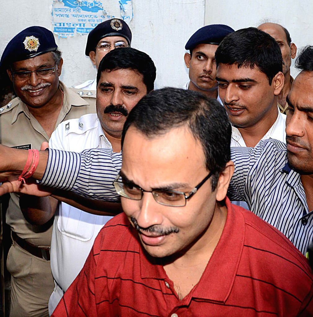 Suspended Trinamool Congress MP Kunal Ghosh being produced at a court in Kolkata on Sep 6, 2014.