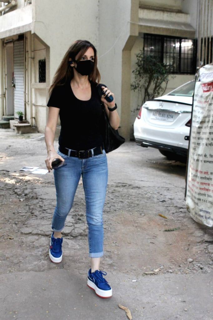 Sussanne Khan at Kromakey Salon Juhu on Sunday 07th March, 2021. - Sussanne Khan