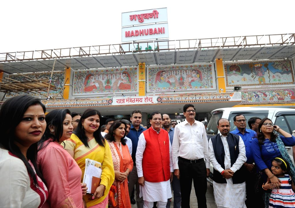 Swachh Rail Mission brand ambassador Bindeshwar Pathak during the closing ceremony of an initiative to beautify Madhubani Railway Station where Mithila artists adorned the walls of the ... - Bindeshwar Pathak