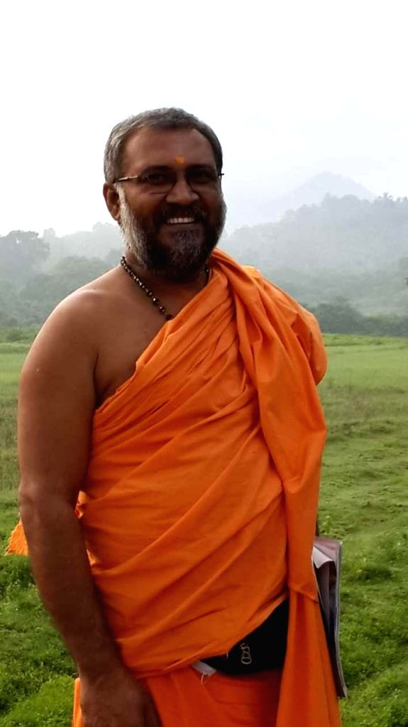 Swami Tapasyananda Saraswathi