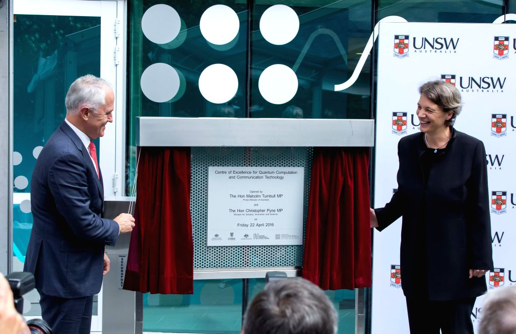 SYDNEY, April 22, 2016 - Australian Prime Minister Malcolm Turnbull (L) and Australian Research Council (ARC) Center of Excellence for Quantum Computation and Communication Technology director ... - Malcolm Turnbull