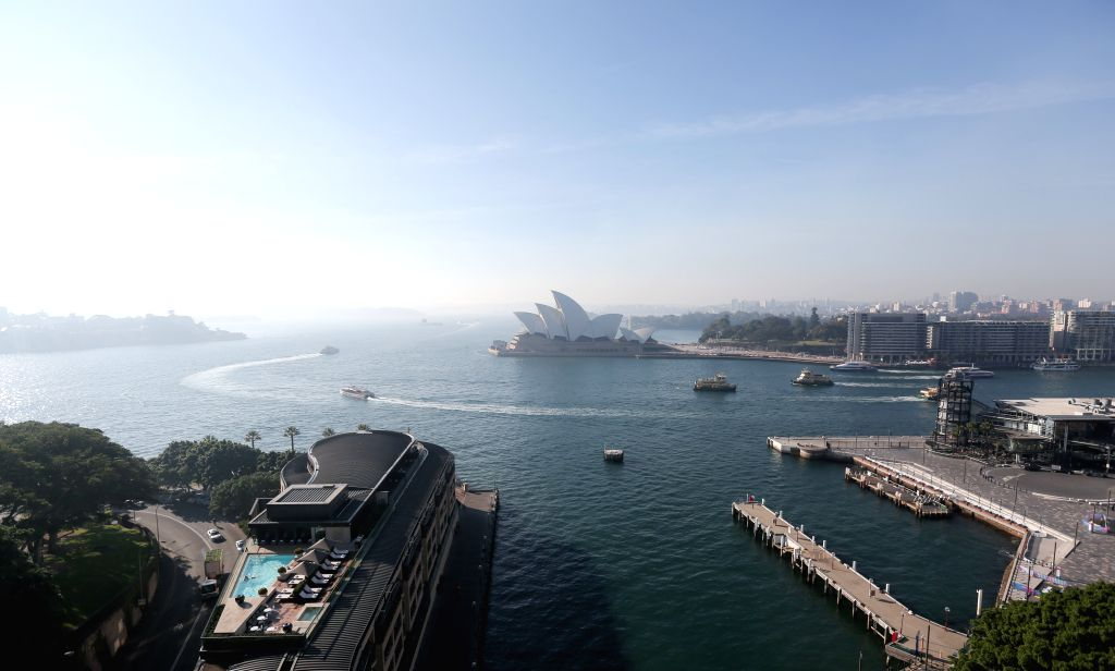SYDNEY, May 24, 2019 (Xinhua) -- Photo taken on May 24, 2019 shows the smoggy view in Sydney, Australia. The smoke haze that choked Sydney earlier in the week has returned, again shrouding the city in a thick fog even though the New South Wales Rural