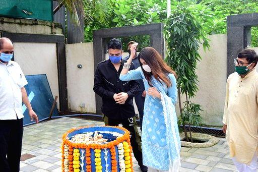 T-Series MD Bhushan Kumar and his wife Divya Khosla Kumar during Ganesh Puja at the office of T-Series on Anant Chaturdashi or the last day of Ganesh Chaturthi, in Mumbai on Sep 1, 2020. - Bhushan Kumar and Divya Khosla Kumar