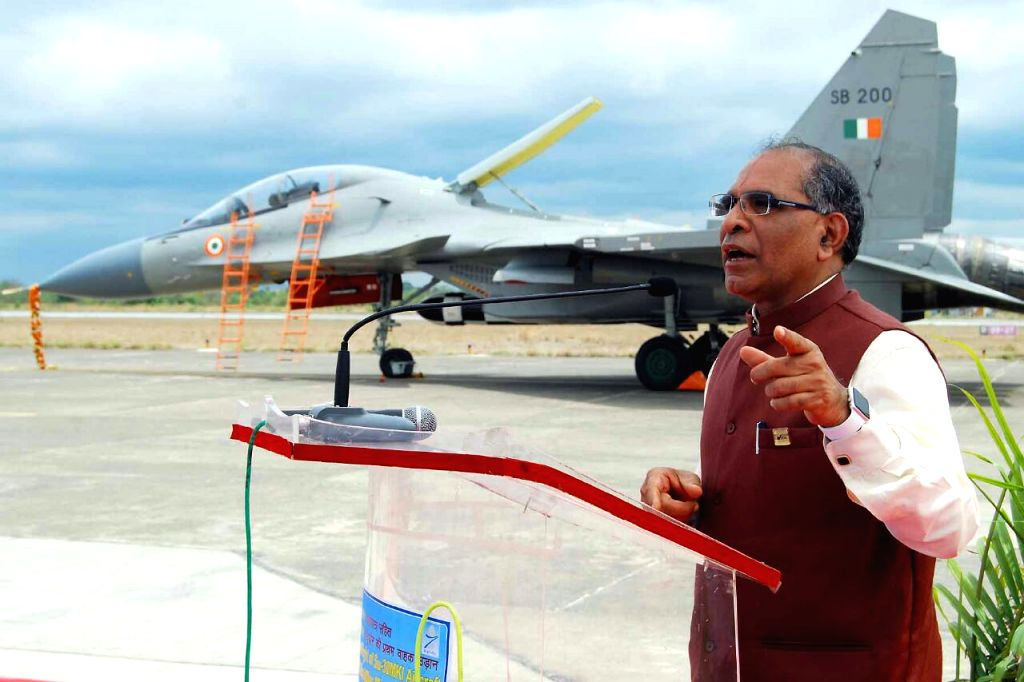 T. Suvarna Raju, addressing the gathering at HAL-Nashik airport after the Maiden Flight of First Su-30 MKI with BrahMos Missile on June 25, 2016.  The aircraft is in the background.