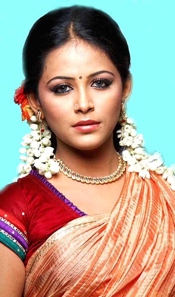 Tamil actress Subhiksha - Subhiksha