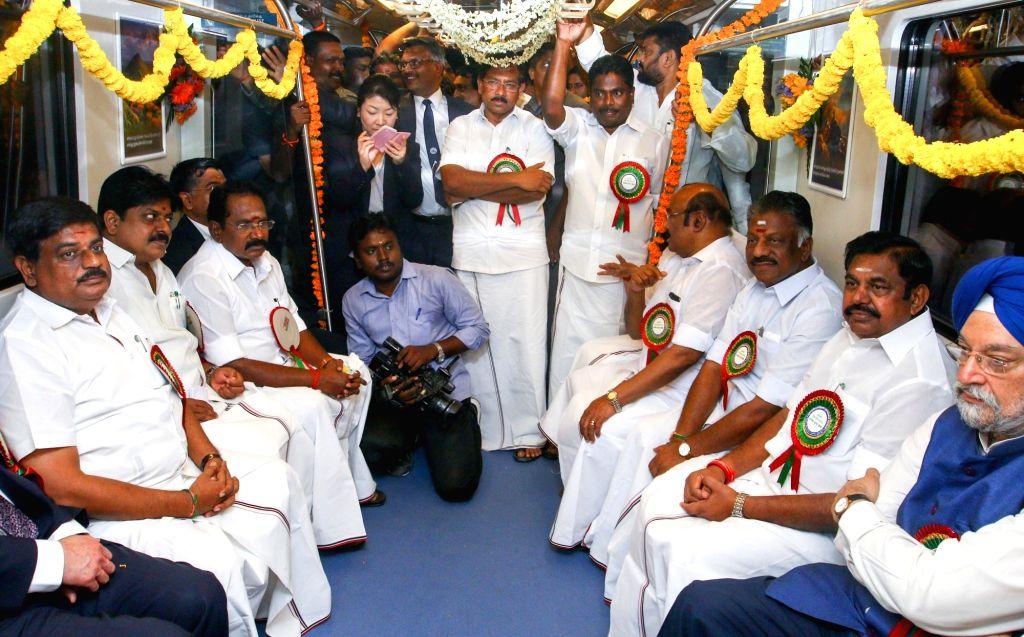 Tamil Nadu Chief Minister Edappadi K Palaniswami and Union Minister Hardeep Singh Puri travel in Chennai Metro on May 25, 2018. Two underground stretches — Nehru Park to Chennai Central ... - Edappadi K Palaniswami and Hardeep Singh Puri