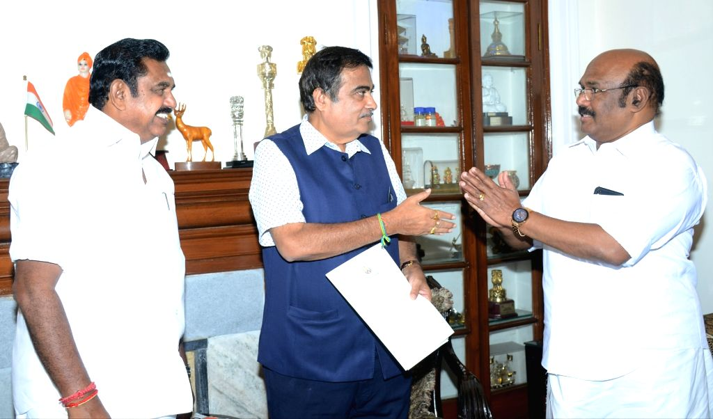 Tamil Nadu Chief Minister Edappadi K. Palaniswami meets Union Minister for Road Transport and Highways and Micro, Small and Medium Enterprises Nitin Gadkari, in New Delhi on June 15, 2019. - Edappadi K. Palaniswami