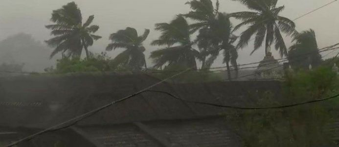 Tamil Nadu: Cyclone Gaja centred over Bay of Bengal is likely to intensify into a severe cyclonic storm and cross Tamil Nadu coast between Pamban and Cuddalore on Nov 15, 2018. In its Thursday bulletin, the India Meteorological Department (IMD) said