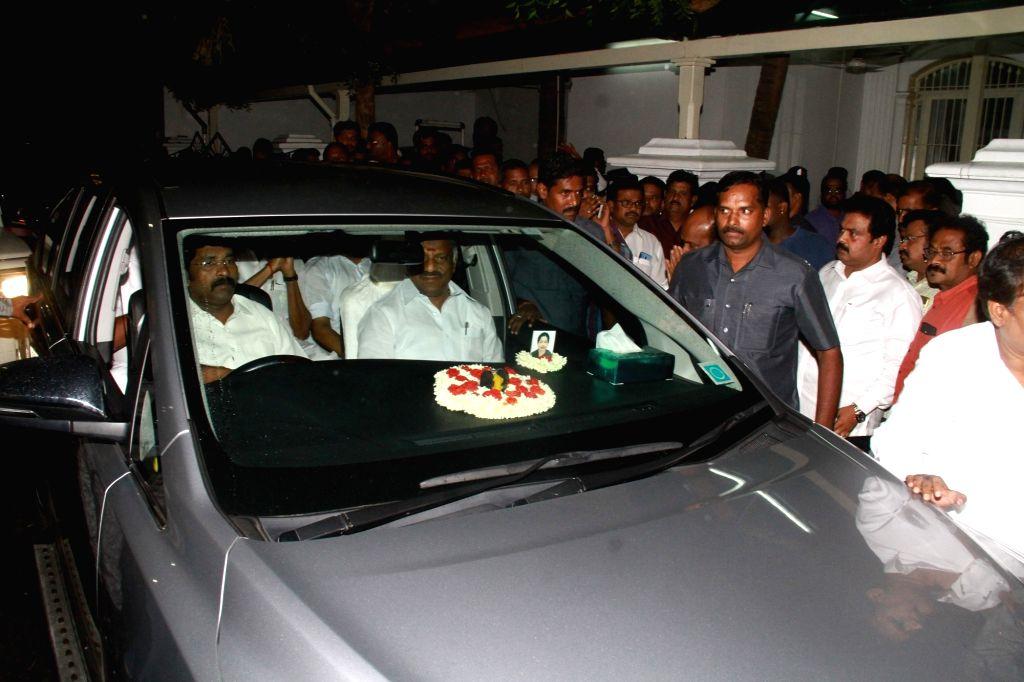 Tamil Nadu Deputy Chief Minister O. Panneerselvam leaves after meeting DMK working president M.K. Stalin in Chennai on July 26, 2018. - O. Panneerselvam