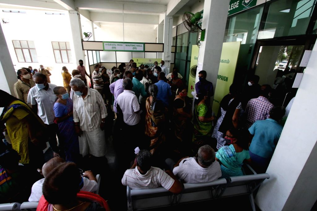 Tamilnadu government has set April 25 as the last date for the people who are above 45yrs old. A crowd gathered in one of the vaccination centers in chennai On Friday, 16th April,2021.